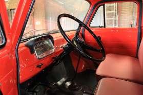 bedford-j2-ladderwagen-interieur