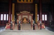 Le trône du Palais de l'Harmonie du milieu