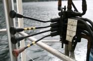 Commandes des appareils de levage des annexes à la poupe du navire