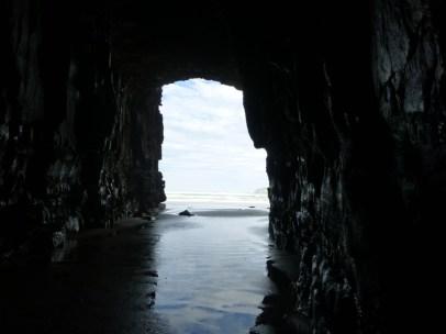 Première entrée, vue depuis l'intérieur