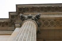 Détails des colonnes corinthiennes du Petit Trianon