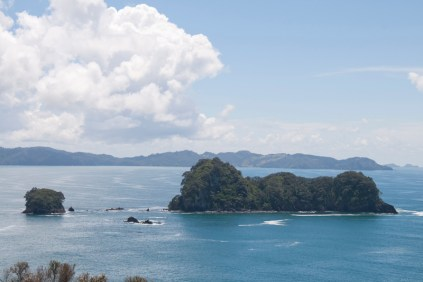 NZ_CATHEDRAL_COVE_01