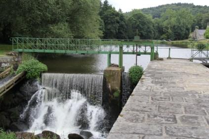 Seule double écluse du canal, avant d'être une écluse, Coët Natous était déjà un gué.