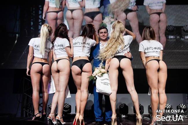 Фото відео голі дівчата