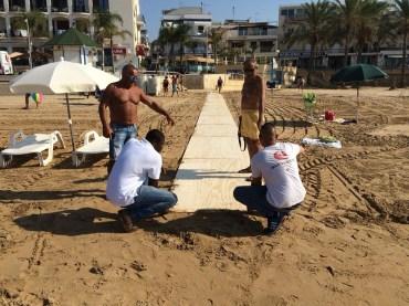 Due accessi per diversamente abili alla spiaggia di Marina di Ragusa
