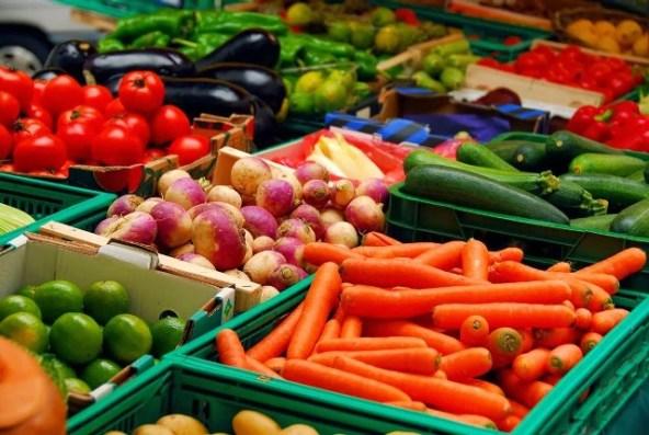 sejak covid-19 banyak sayur-sayurab dari cameron highland tidak dapat dijual. Bagaimana pun Lazada mengambil inisitif bagi membolehkan dijual secara online.