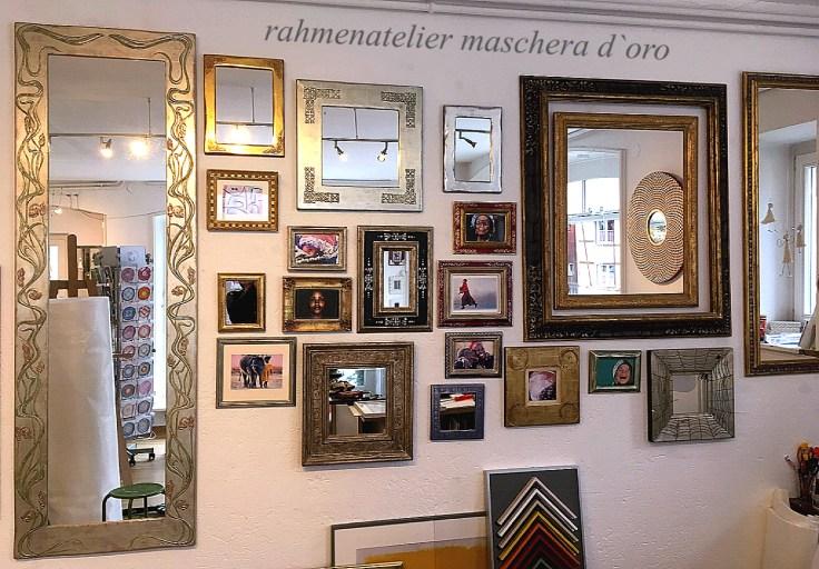 Unser Ladengeschäft in Arlesheim, hier finden Sie vom Jugendstilrahmen, Renaissancerahmen bis zu Moderen Spiegeln alles was Ihr Herz begehrt.