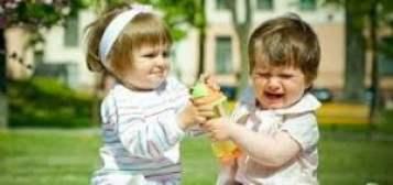 الأنانية عند الاطفال