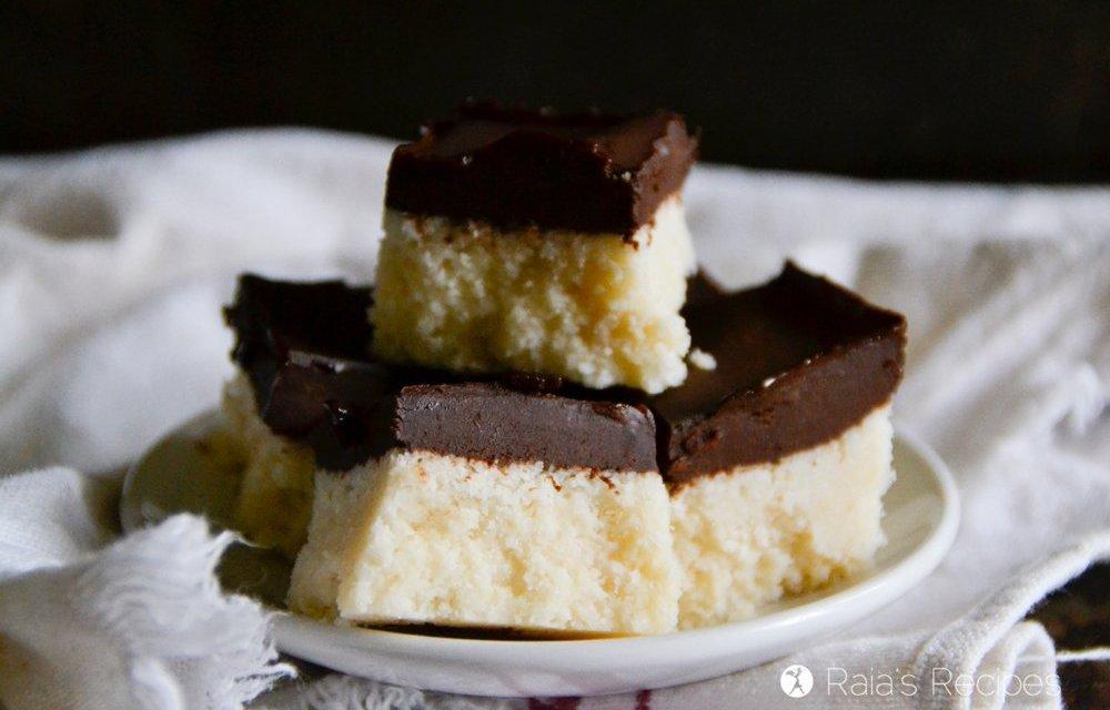 Paleo Chocolate Coconut Bars