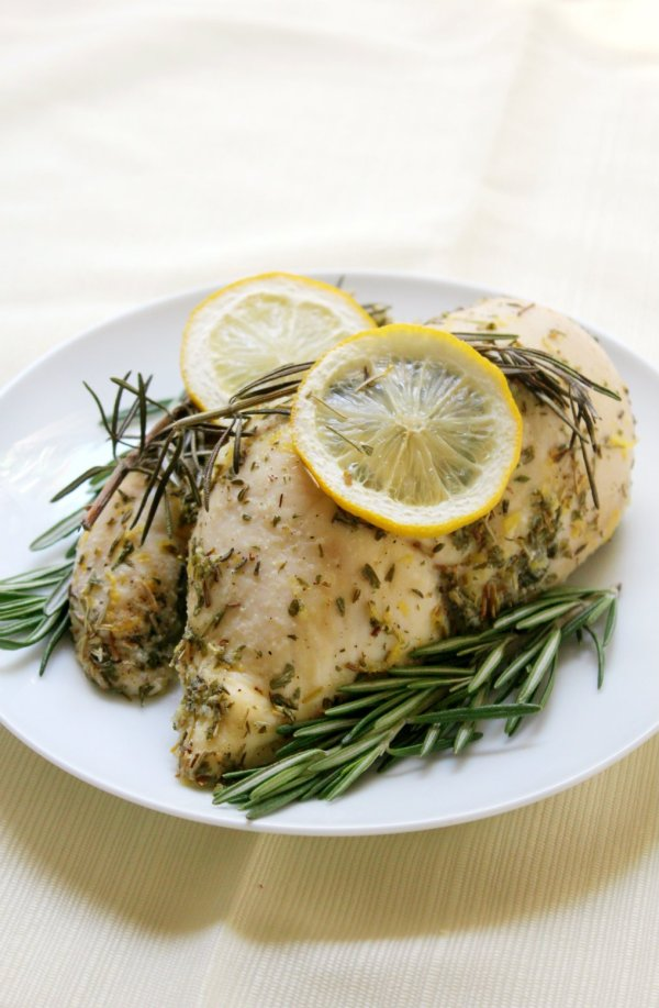 Lemon Rosemary Chicken from Strength & Sunshine at Savoring Saturdays Gluten-Free Linky Party | RaiasRecipes.com