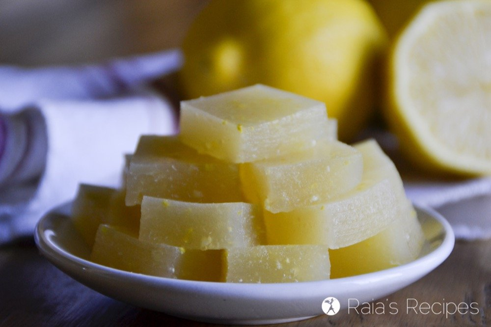 Nourishing and full of probiotics, these Kombucha Lemon Gummies are the perfect healthy treat! | RaiasRecipes.com