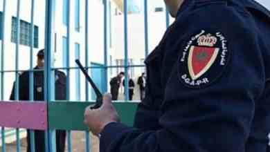 صورة طنجة.. عناصر المصلحة الولائية للشرطة القضائية توقف شخص الهارب من السجن