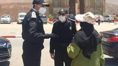 صورة السيد عبد اللطيف الحموشي ينزل للشارع بمدينة مكناس لتفقد عملية تطبيق الأمن لإجراءات حالة الطوارئ الصحية
