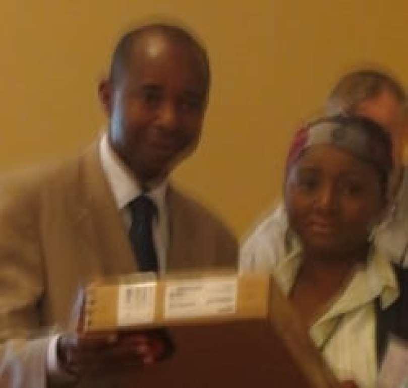 Carelle Ariana MOUALOU NZIGOU du Gabon Prix Jeune chercheur #RAIFFET2014