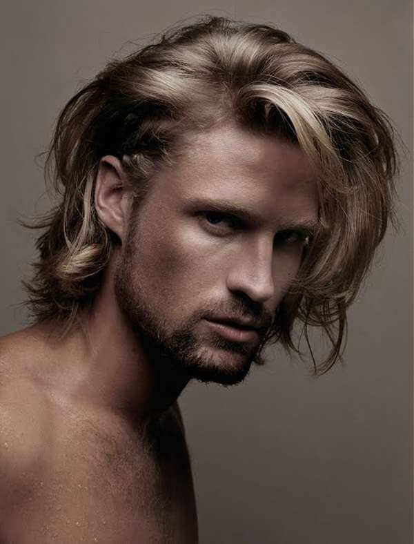 Русые длинные волосы у мужчин