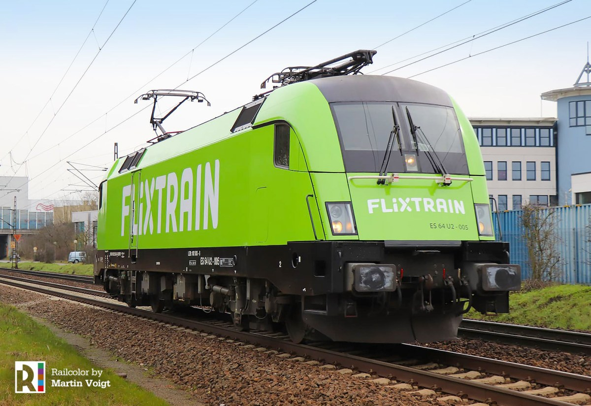[DE] ES 64 U2-005 is the first 'Flix Locomotive' [updatedx2]