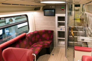 1st class lounge area - Roel Hemkes
