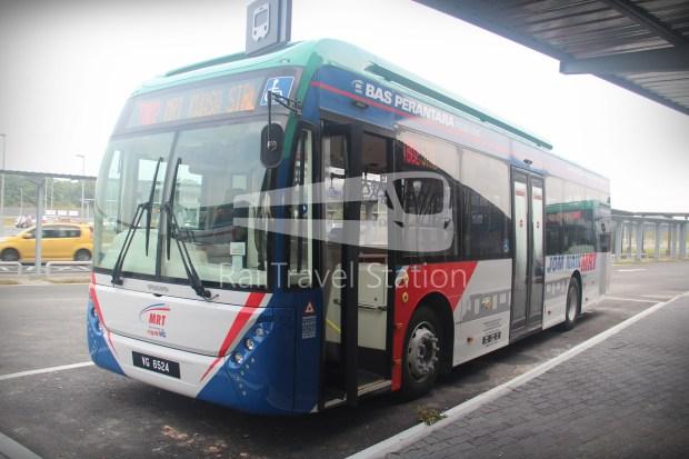 mrt-sbk-line-feeder-bus-t802-01
