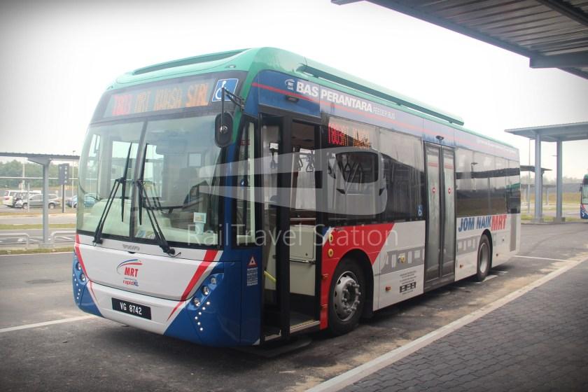 mrt-sbk-line-feeder-bus-t803-01