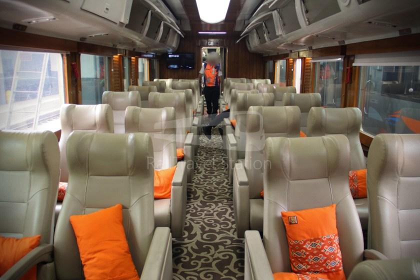 Ka Argo Parahyangan Priority 24p Jakarta Gambir To Bandung By Priority Train Railtravel Station