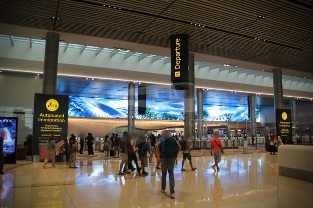 Flight Review - Indonesia AirAsia QZ263: Singapore to