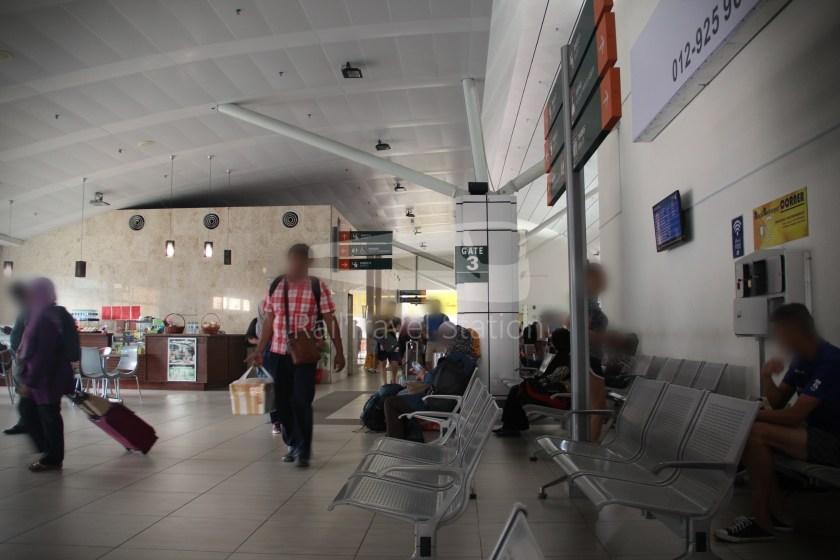 AirAsia AK6173 AOR JHB Abandoned 051