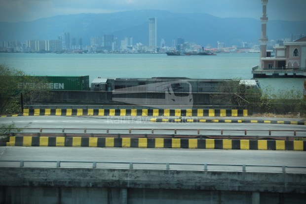 Ekspres Kesatuan Penang Sentral Alor Setar Shahab Perdana 024