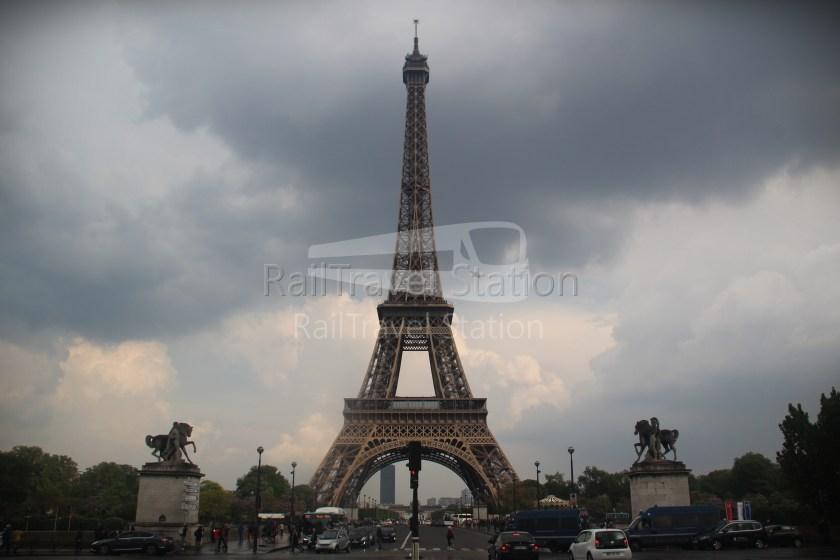 London to Singapore Day 15 Paris 12