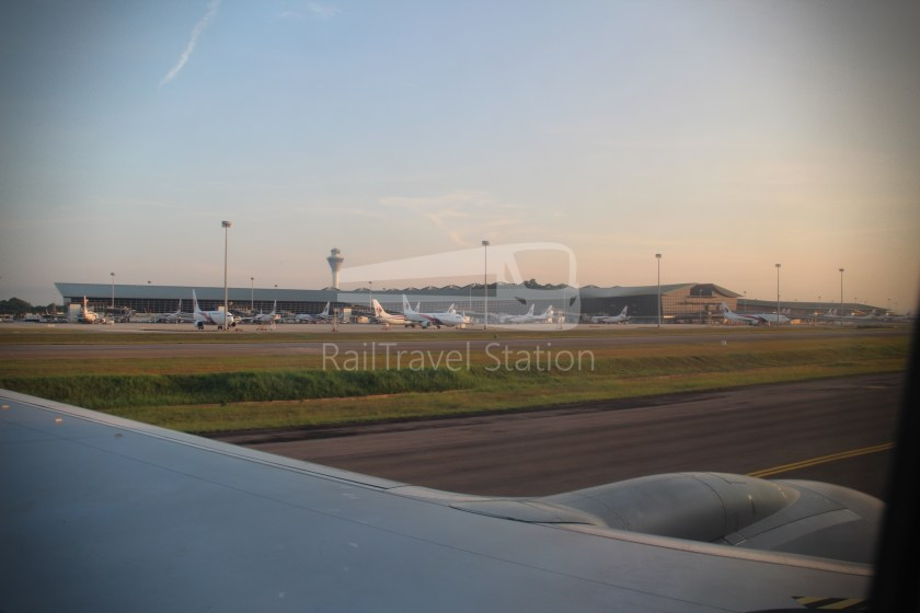 Malaysia Airlines MH602 SIN KUL for LHR 077