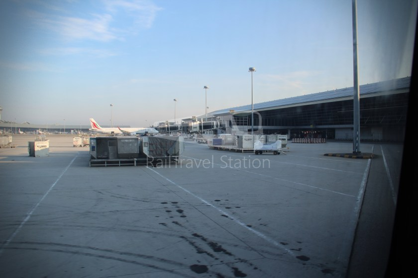Malaysia Airlines MH602 SIN KUL for LHR 103
