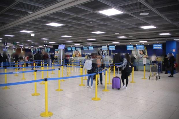 Ryanair FR666 DUB BHX 001