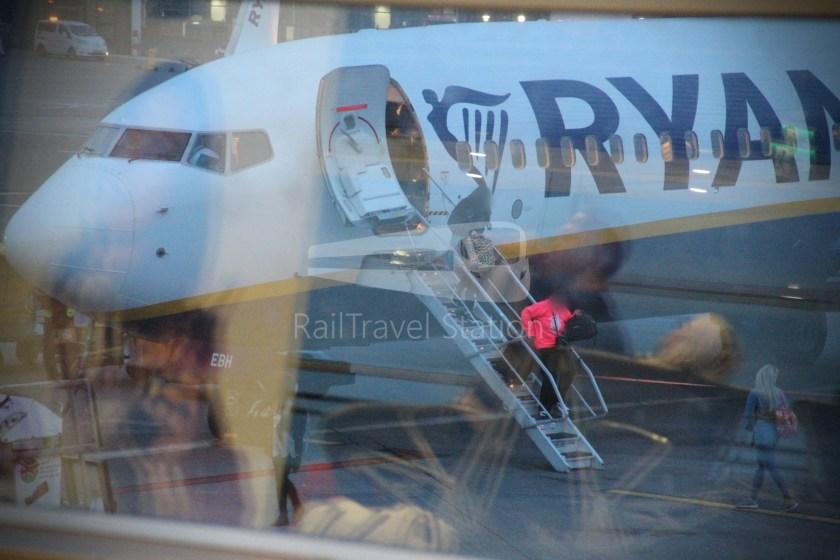 Ryanair FR666 DUB BHX 032