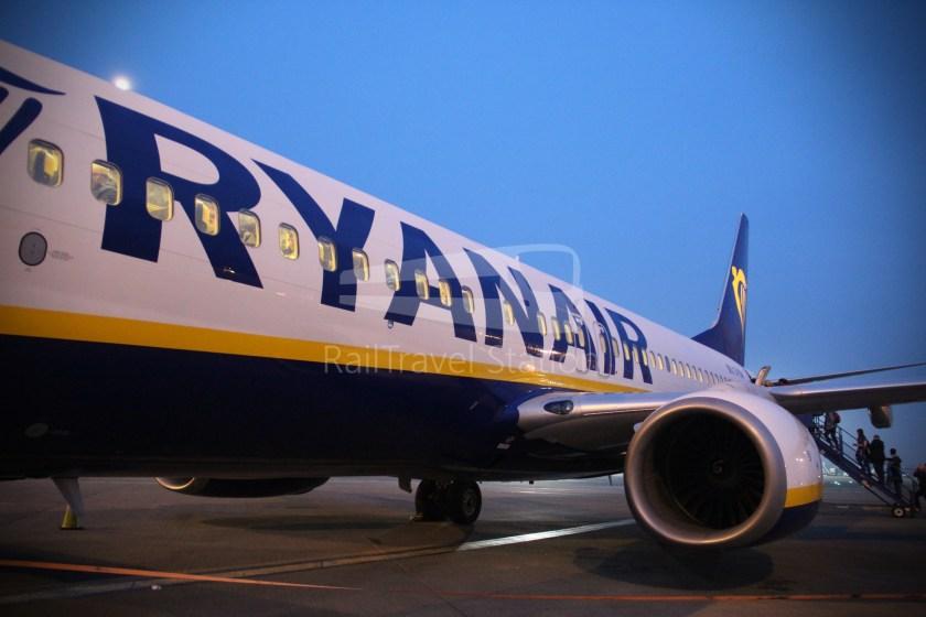 Ryanair FR666 DUB BHX 045