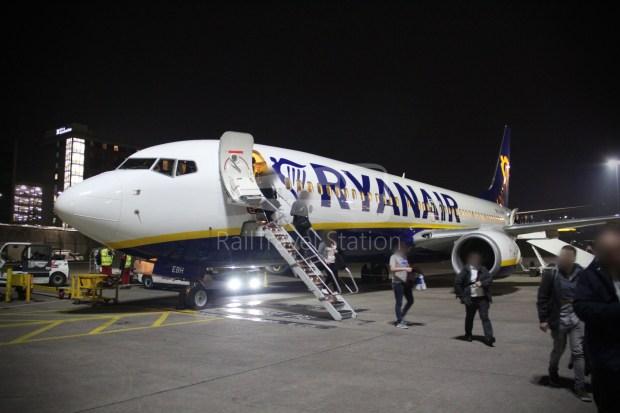 Ryanair FR666 DUB BHX 075
