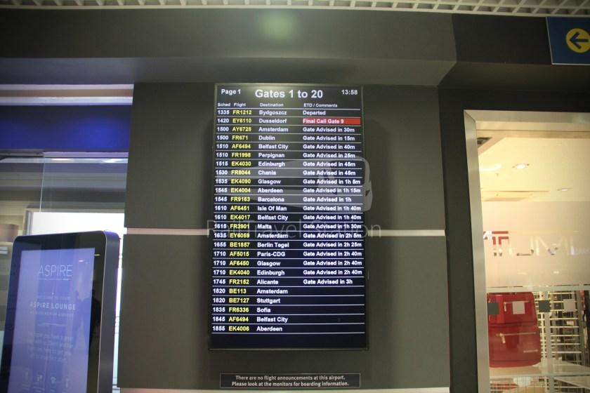 Ryanair FR671 BHX DUB 009