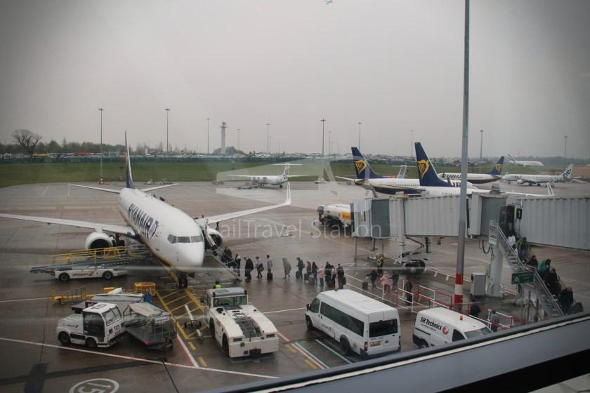 Ryanair FR671 BHX DUB 027