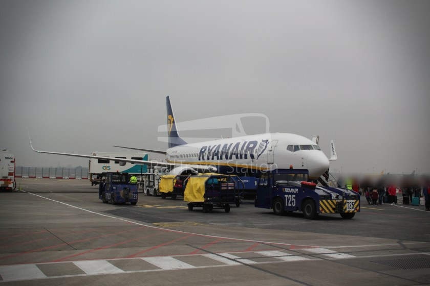 Ryanair FR671 BHX DUB 057