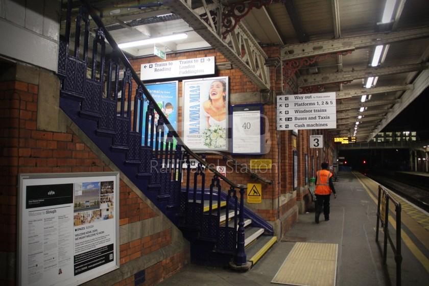 TfL Rail GWR Heathrow Terminal 4 Oxford 028