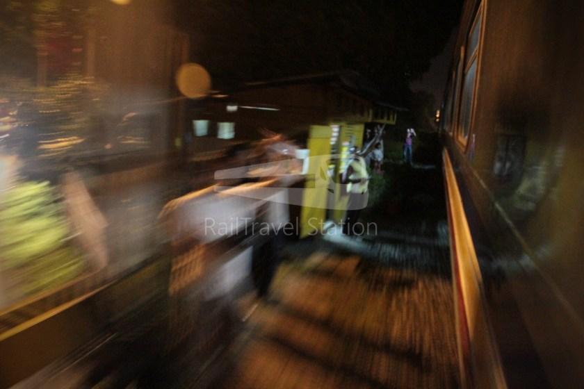 1030up Tren Khas Terakhir Stesen Tanjong Pagar Singapura 053
