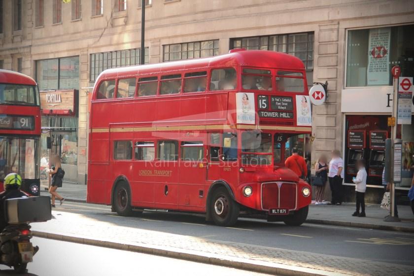 15H (Heritage) Charing Cross Trafalgar Square Tower of London 004