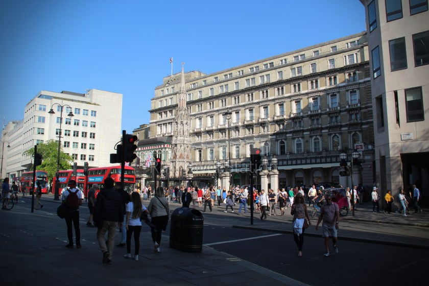 15H (Heritage) Charing Cross Trafalgar Square Tower of London 011