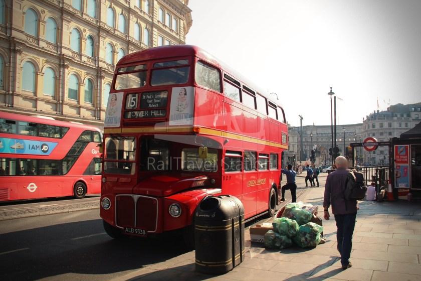 15H (Heritage) Charing Cross Trafalgar Square Tower of London 013
