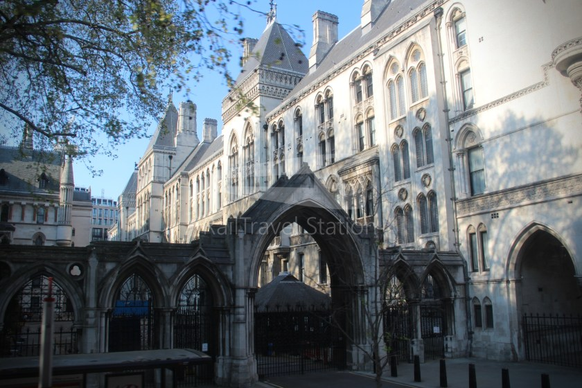 15H (Heritage) Charing Cross Trafalgar Square Tower of London 040