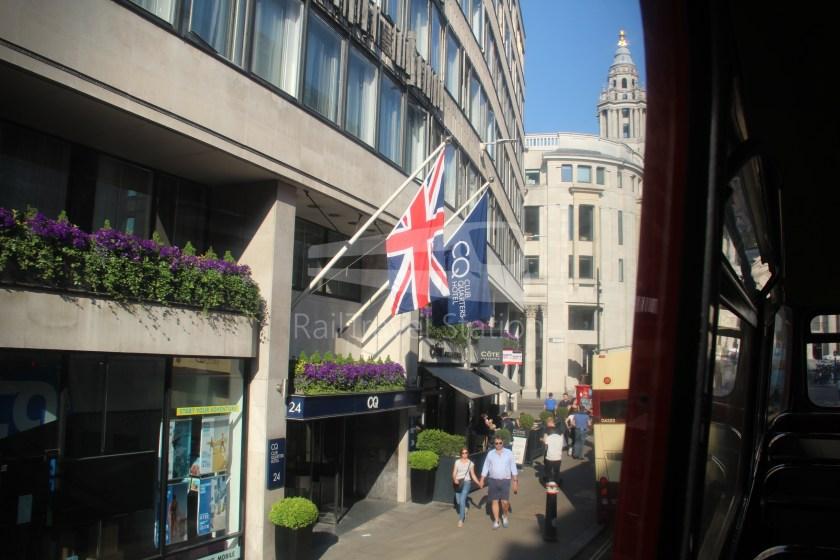 15H (Heritage) Charing Cross Trafalgar Square Tower of London 043