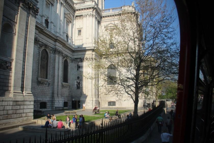 15H (Heritage) Charing Cross Trafalgar Square Tower of London 044