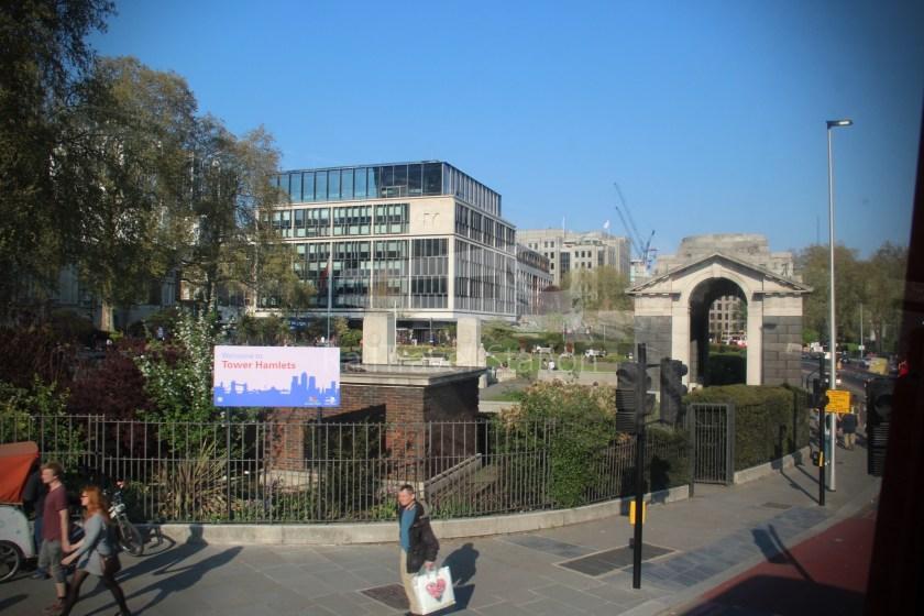 15H (Heritage) Charing Cross Trafalgar Square Tower of London 052