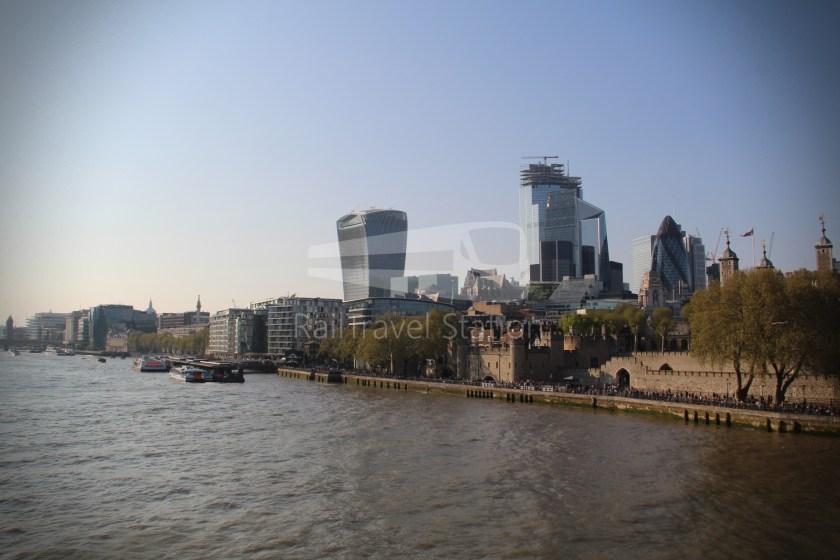 15H (Heritage) Charing Cross Trafalgar Square Tower of London 070