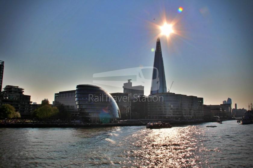 15H (Heritage) Charing Cross Trafalgar Square Tower of London 074