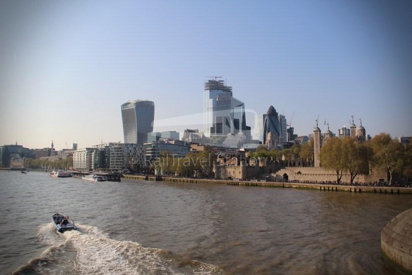 15H (Heritage) Charing Cross Trafalgar Square Tower of London 076