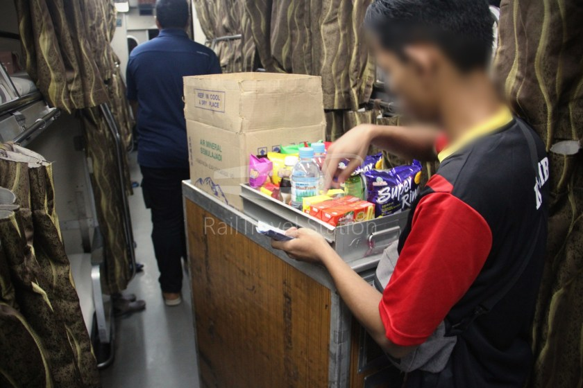 27dn Timuran Tumpat JB Sentral 060
